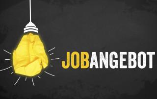 Kreidetafel mit Glhbirne und Jobangebot und Ihre Karriere